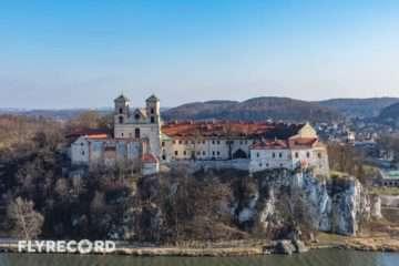 Klasztor w Tyńcu - dron Kraków (2/8)