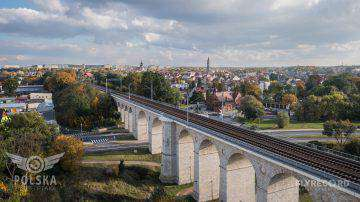 Wiadukt kolejowy w Bolesławcu (2/9)